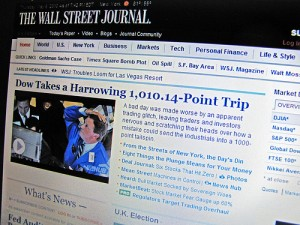 The Dow Takes a Plunge - Foto di Dome Poon